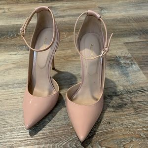 Nude pink heel with Strap size (5) Women